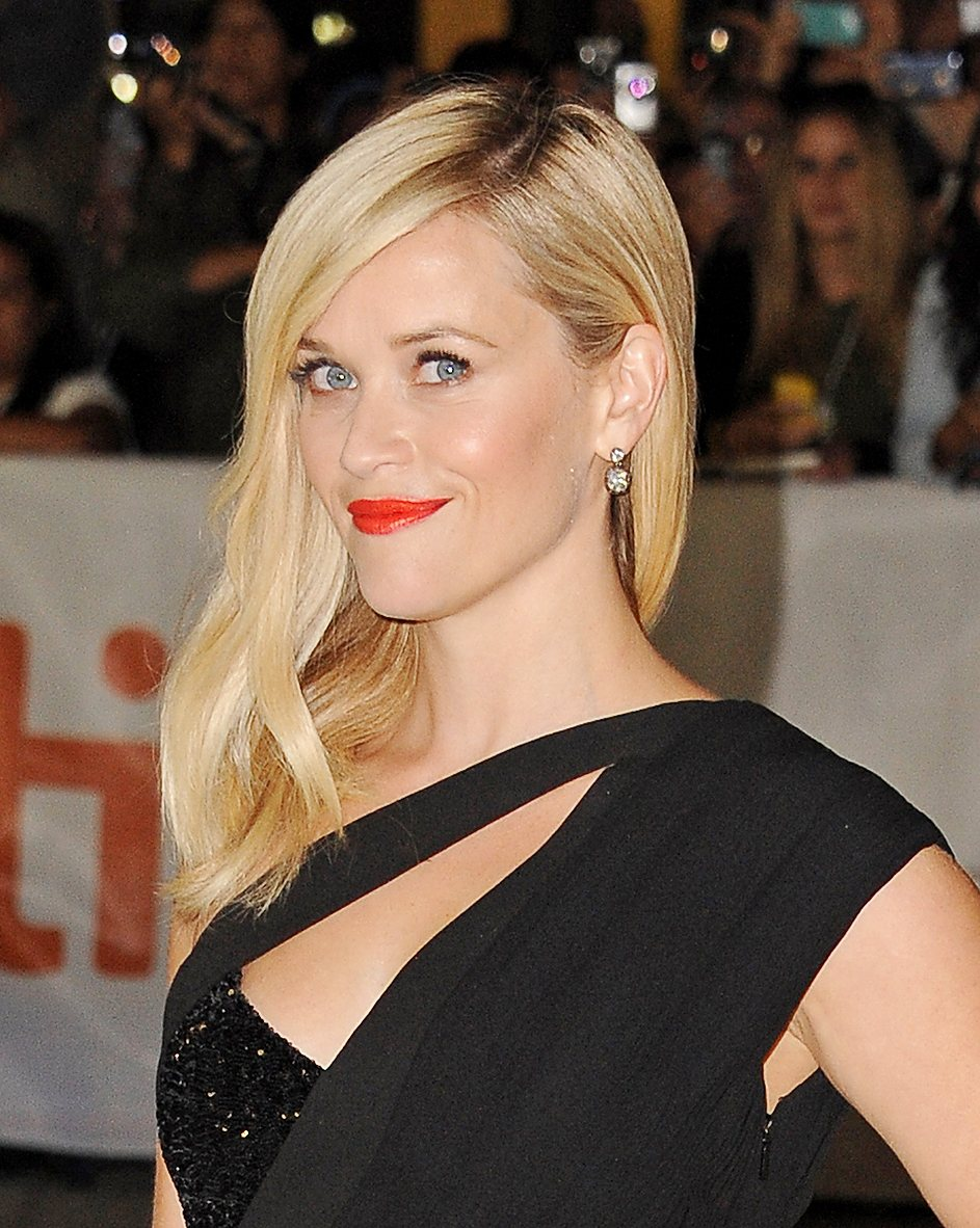 Reese Witherspoon at Wild Premiere for 2014 Toronto International Film Festival Credit Angela Weiss at Getty Images exp March 9 2015. El look de Reese Witherspoon