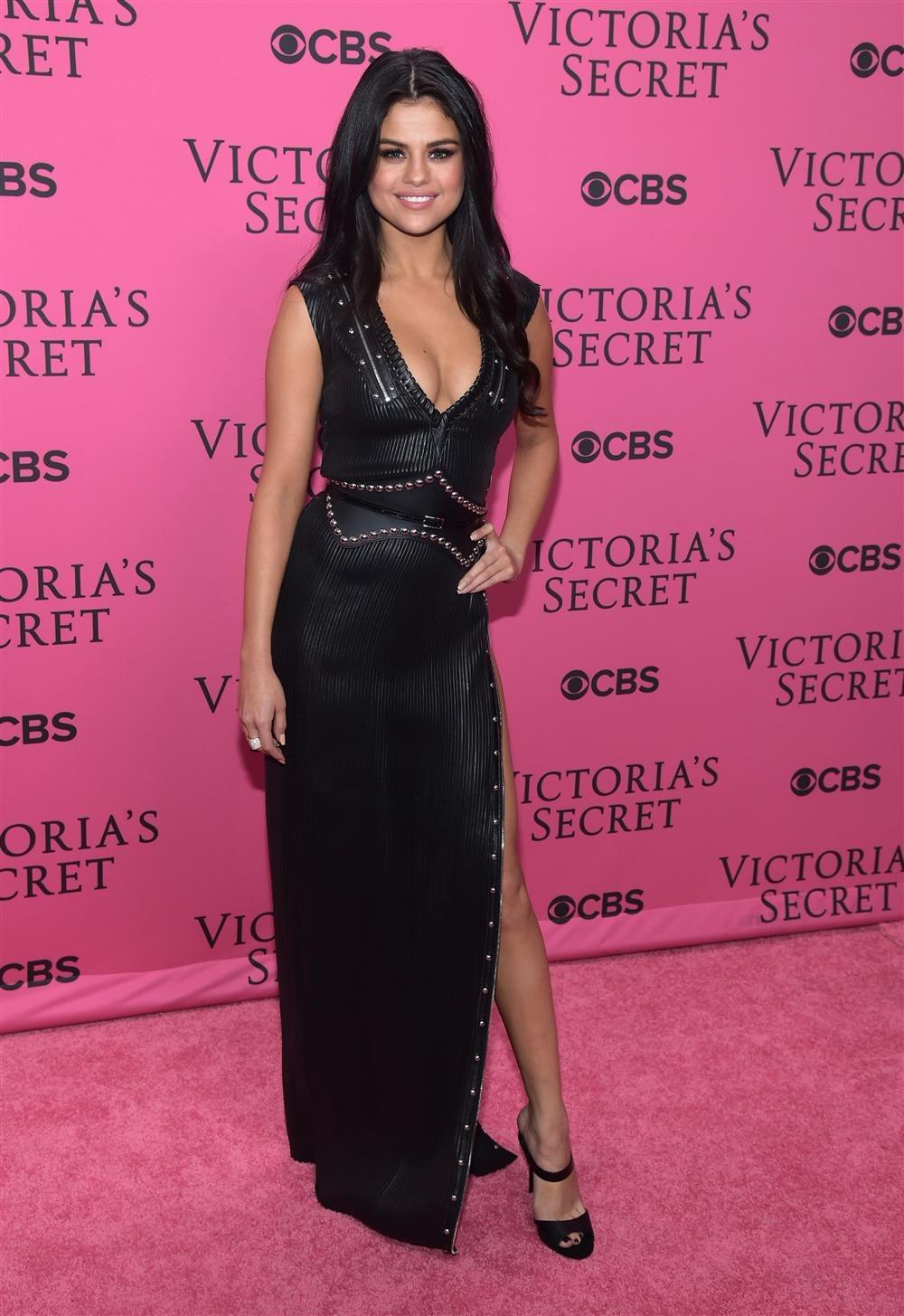 La alfombra rosa de Victoria\'s Secret - InStyle
