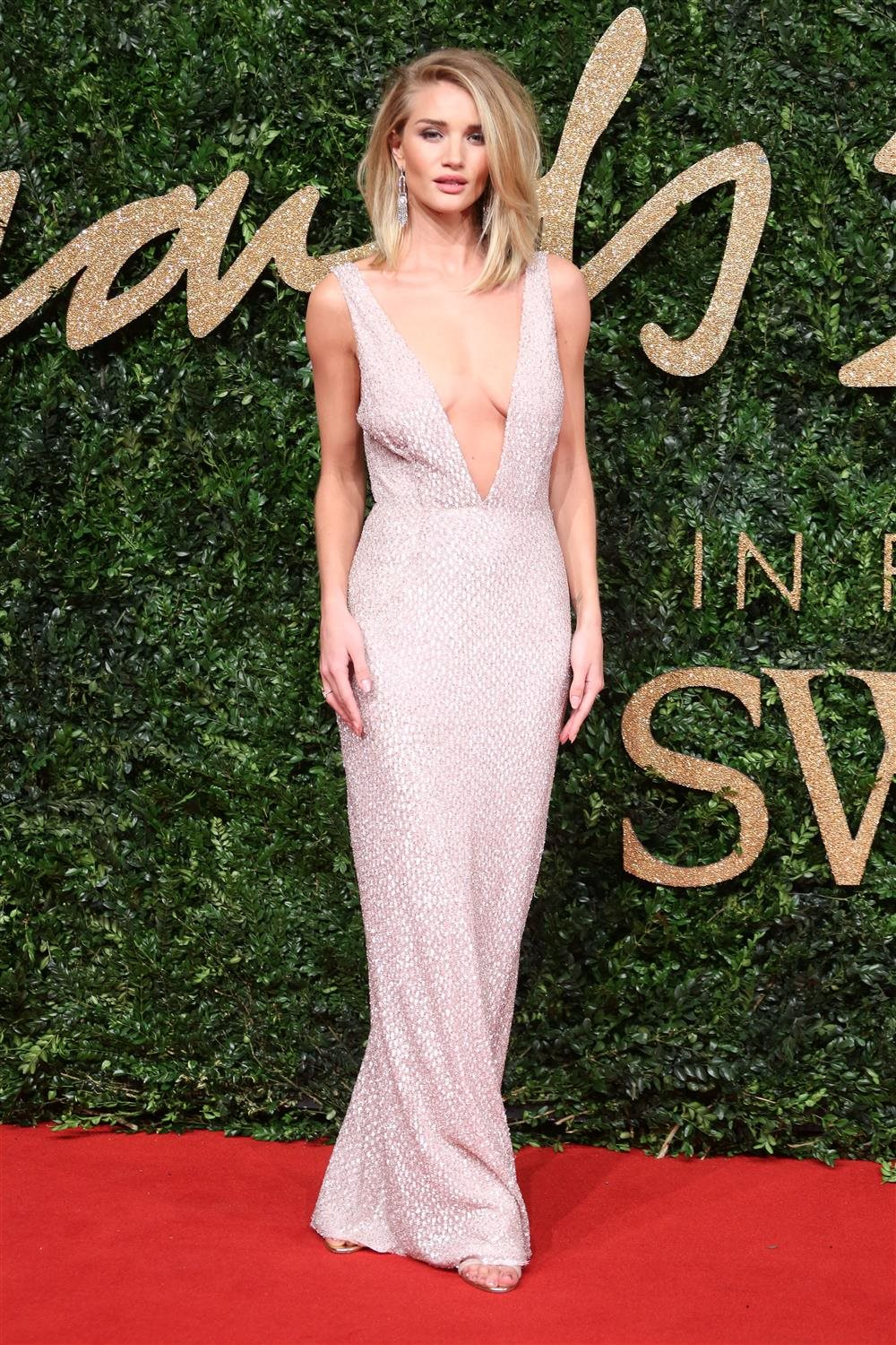 gtres u295704 078. Rosie Huntington-Whiteley