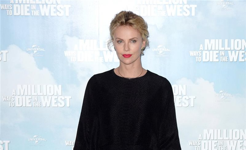 Charlize Theron, de Stella McCartney