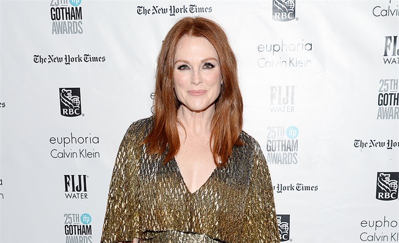 Julianne Moore, de Saint Laurent
