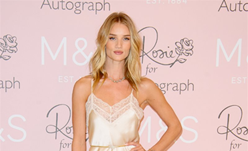 Rosie Huntington-Whiteley, de Rosie for Autograph at Marks and Spencer