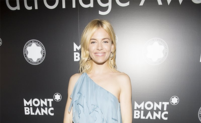 Sienna Miller, de Saint Laurent