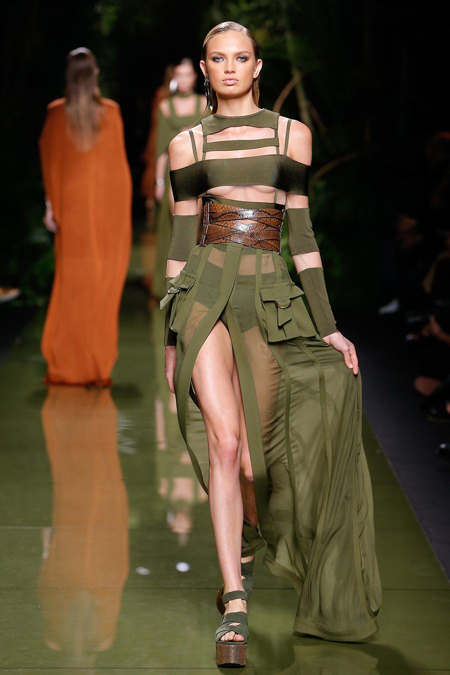 Los Desfiles En Paris Fashion Week Instyle