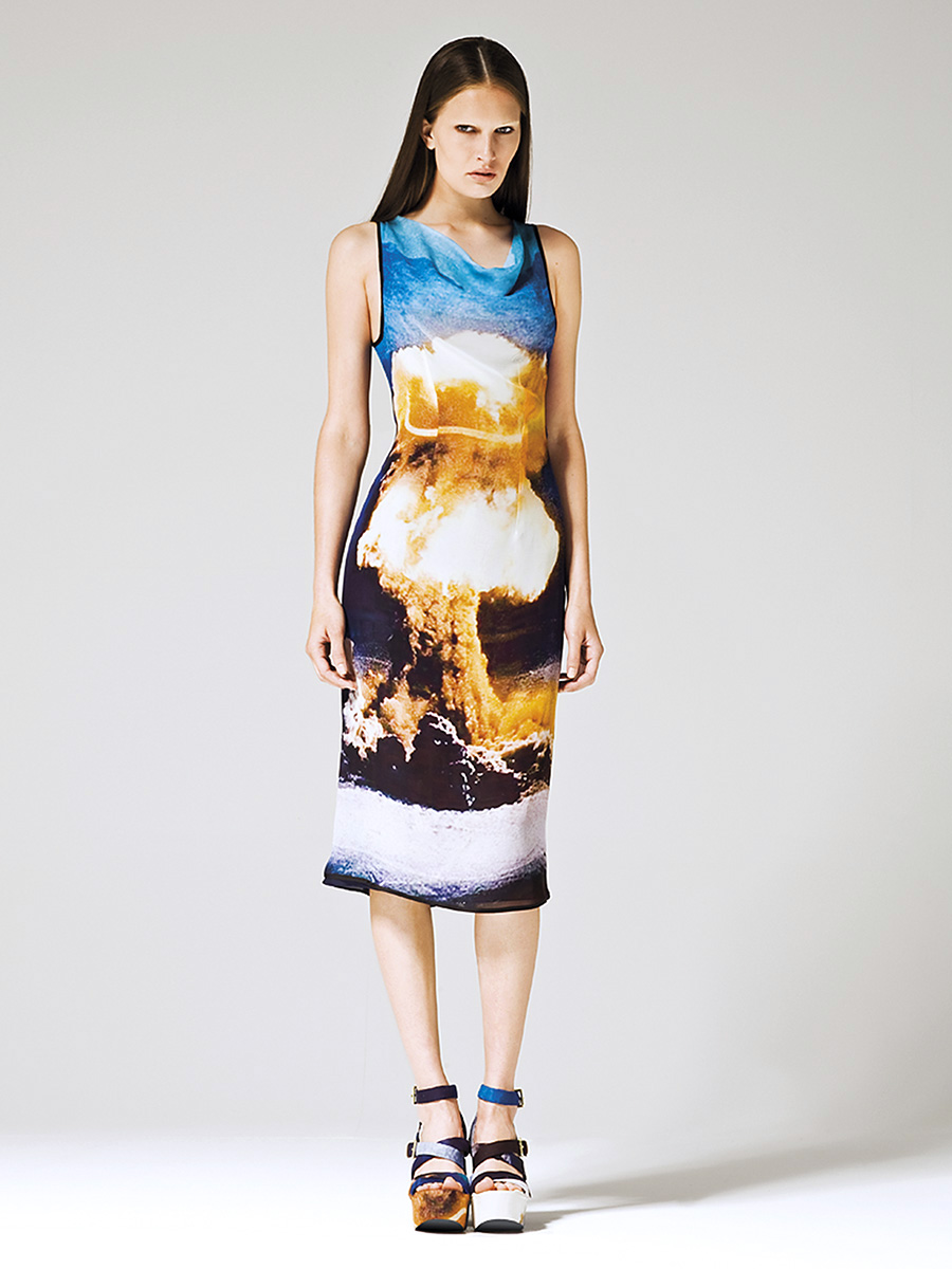 DES00-0099893. Resort 2010
