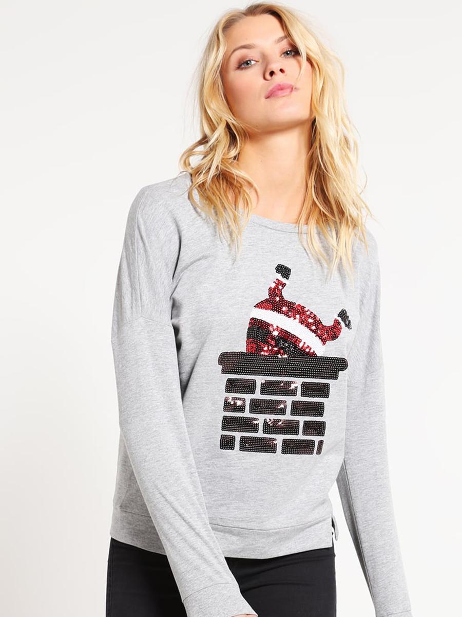 Es hora de comprar un jersey de Navidad - InStyle 480773d20a42