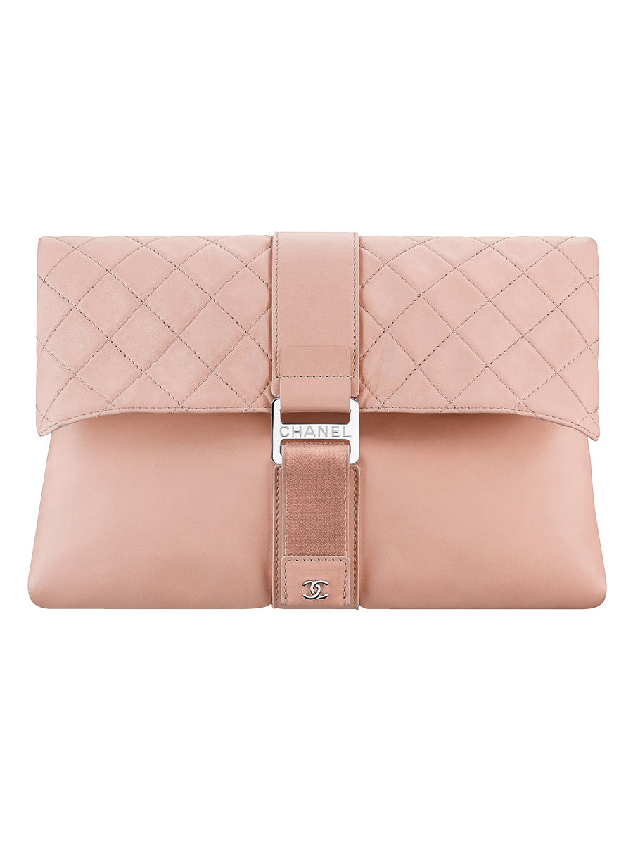 Nude leather clutch bag embellished with a touch fastener A98786-Y61423-0B337. Chanel