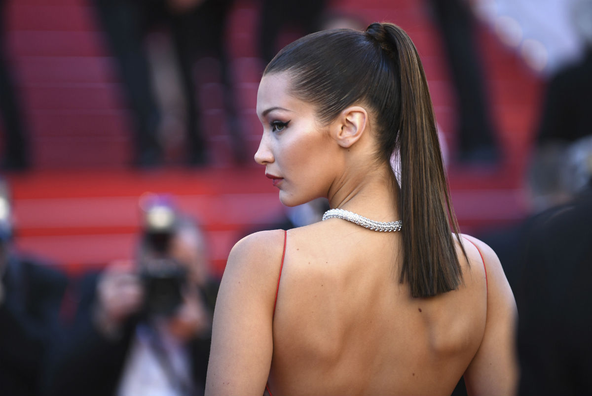Bella Hadid, fan del Sun Striping. Bella Hadid