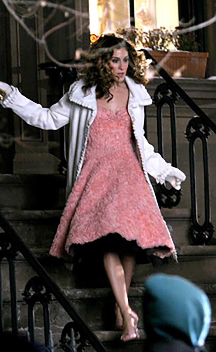 Los 10 mejores looks de Carrie Bradshaw en \'Sexo en Nueva York ...