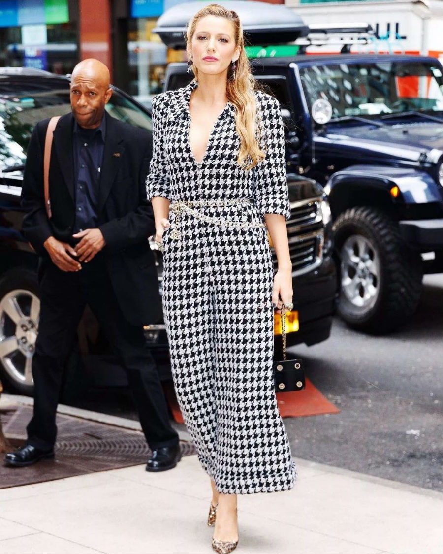 blake lively 04. Look 5: 'made in' Chanel
