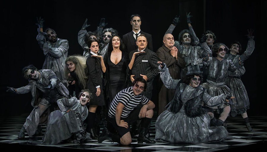 IMG 2922 preview. La Familia Addams