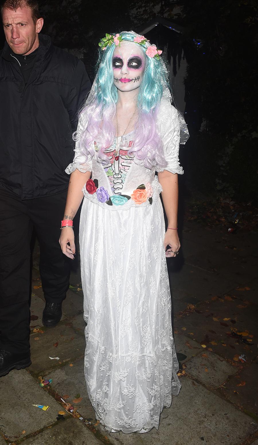 famosos disfraces halloween 43 lilly allen se convierte en un catrina perfecta