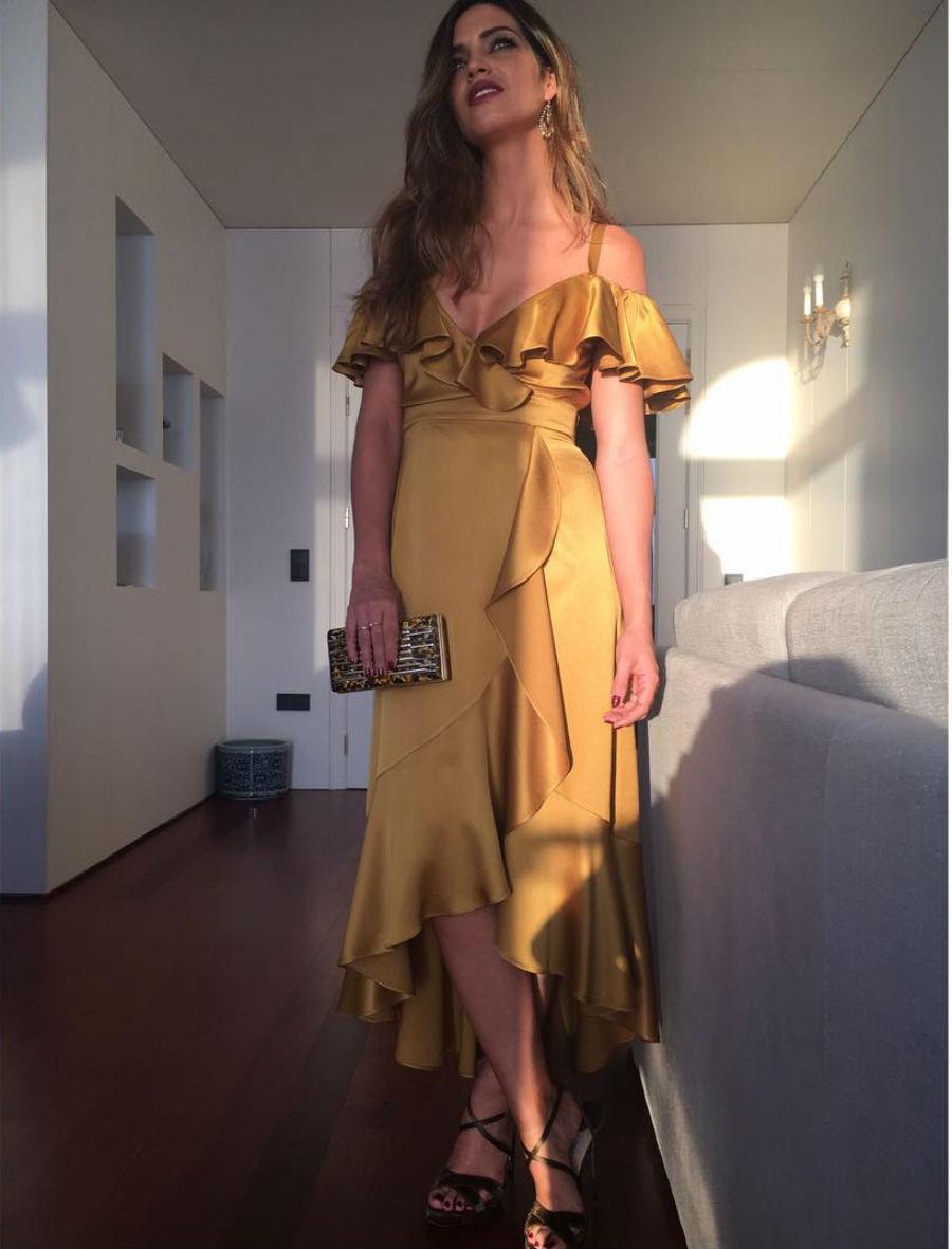 Vestidos elegantes de famosas 2019