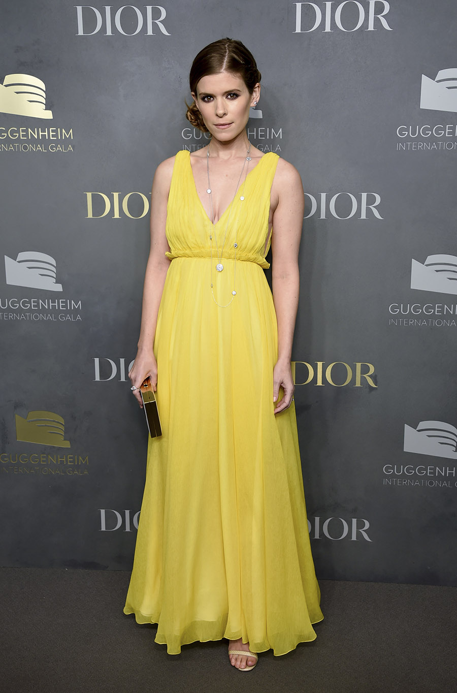 Kate Mara, brilla en amarillo