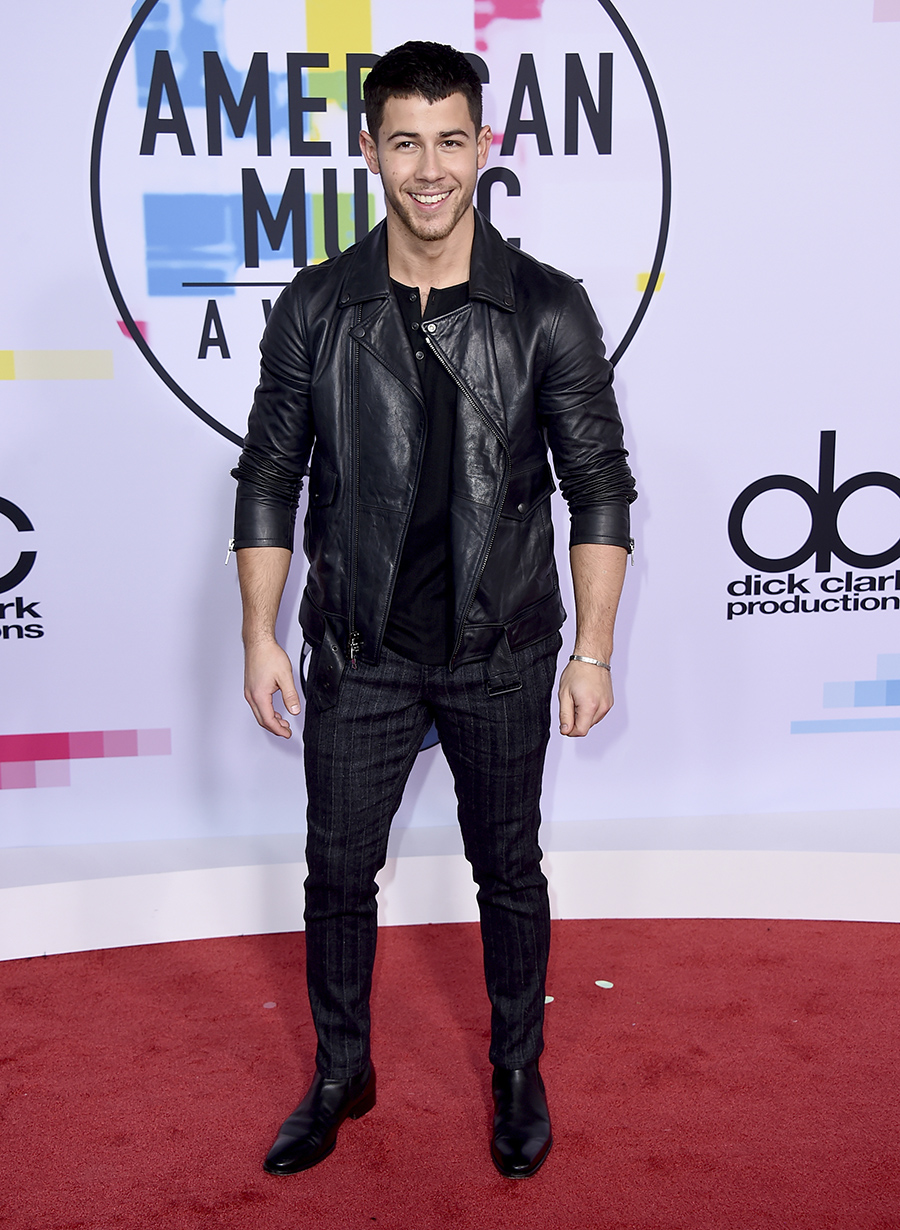 Nick Jonas American Music Awards. Nick Jonas