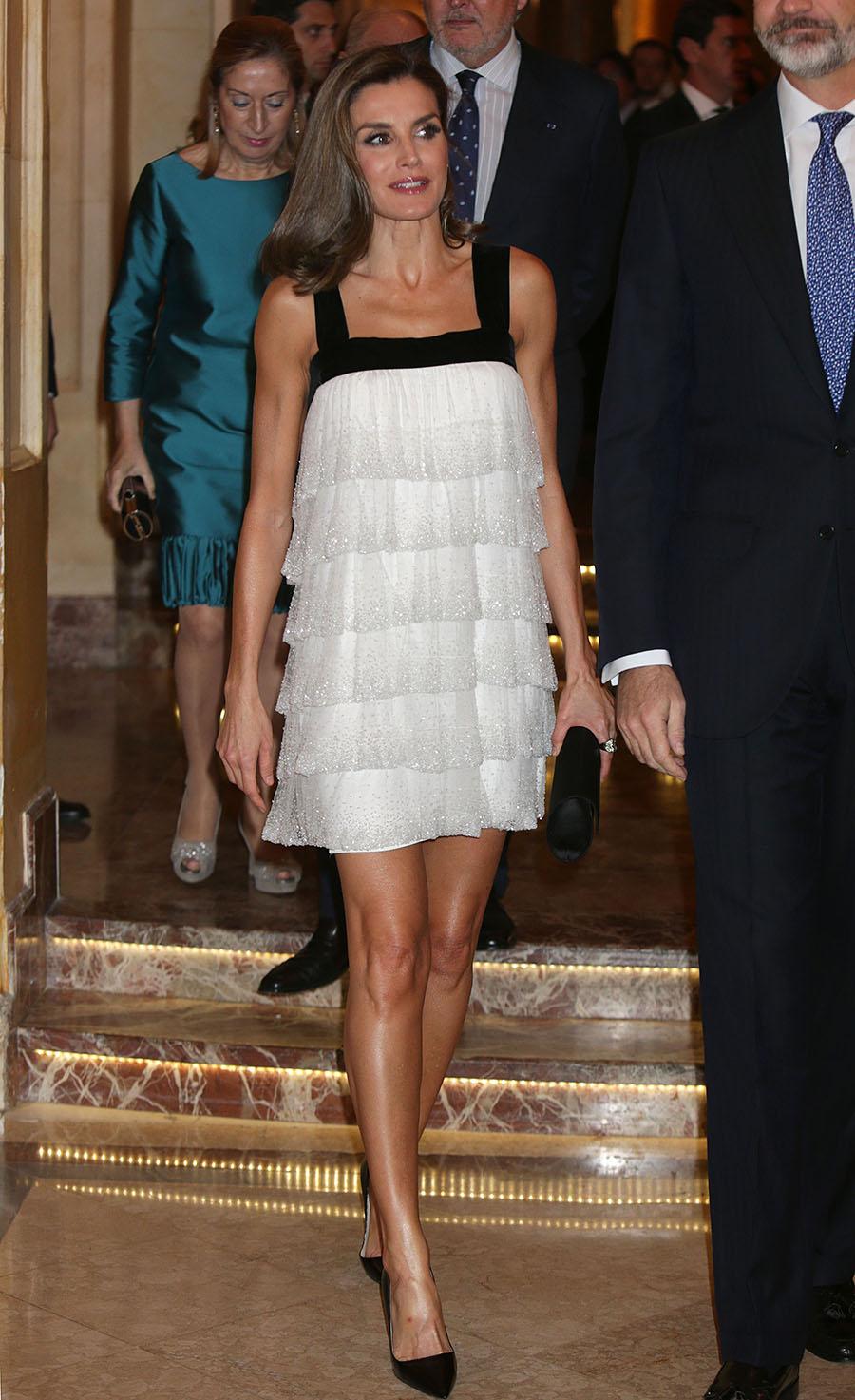 b894962e59 Letizia Ortiz 01. Letizia Ortiz tiene el perfecto vestido para las noches  de verano