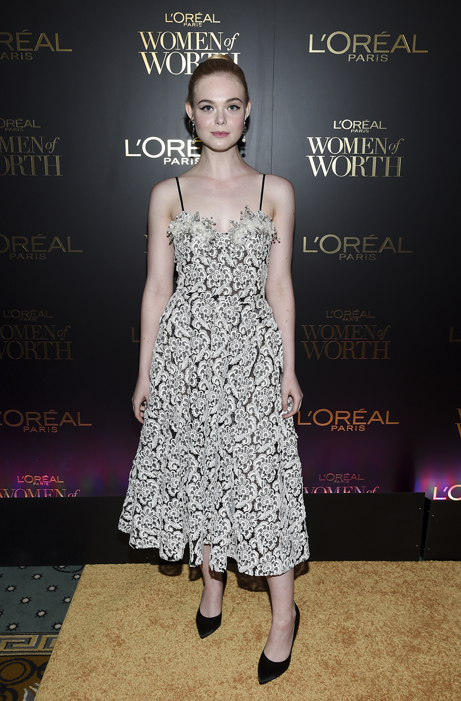 DL u390345 002. Top 4: Elle Fanning
