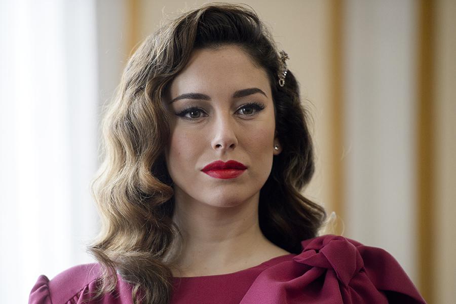 Blanca Suárez maquillaje 02. Maquillaje 6  Un  look  clásico que siempre  combina 947edf6b120e