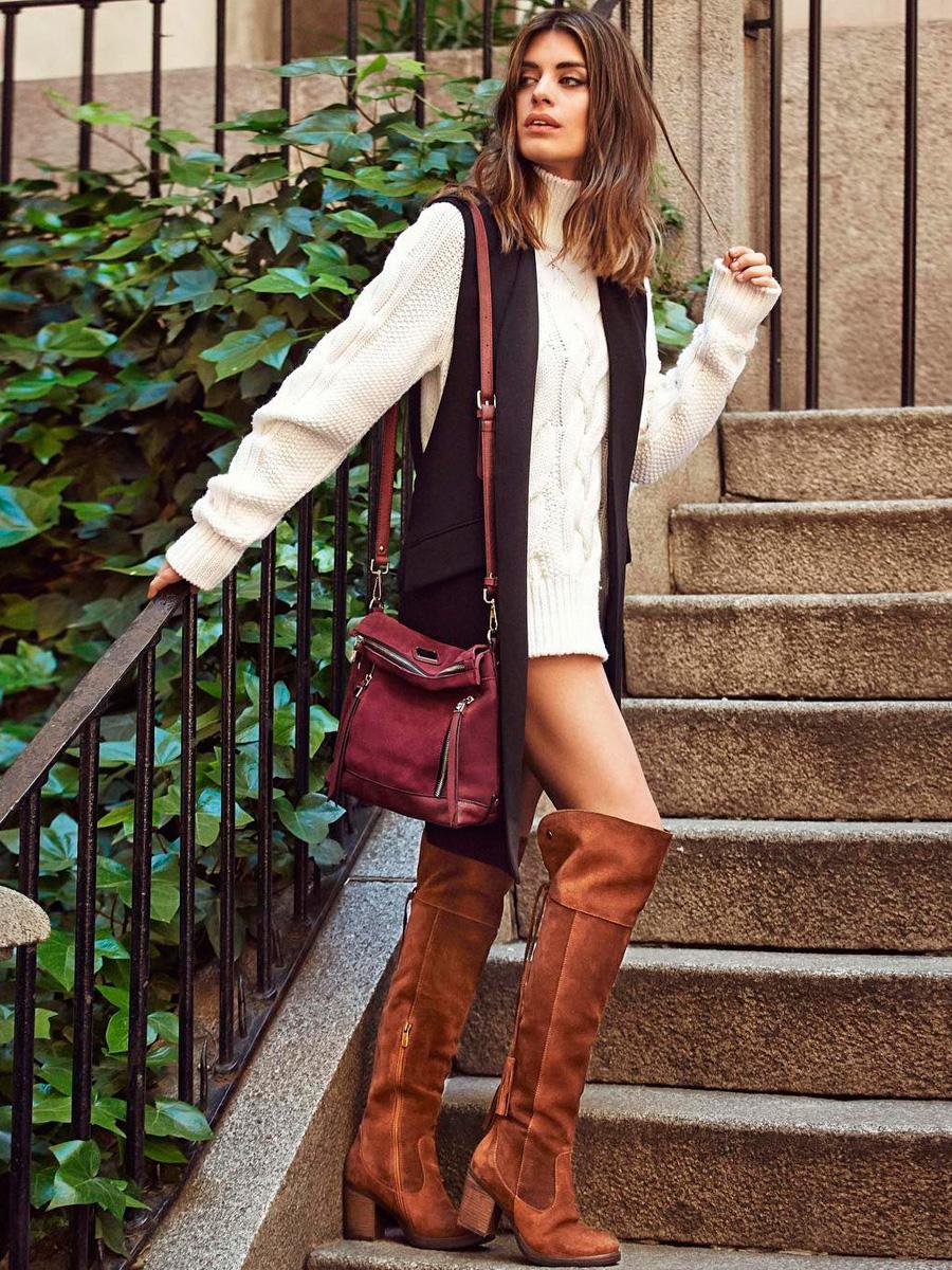 Bolsos grandes para mujeres con estilo: XL, maxibolsos o