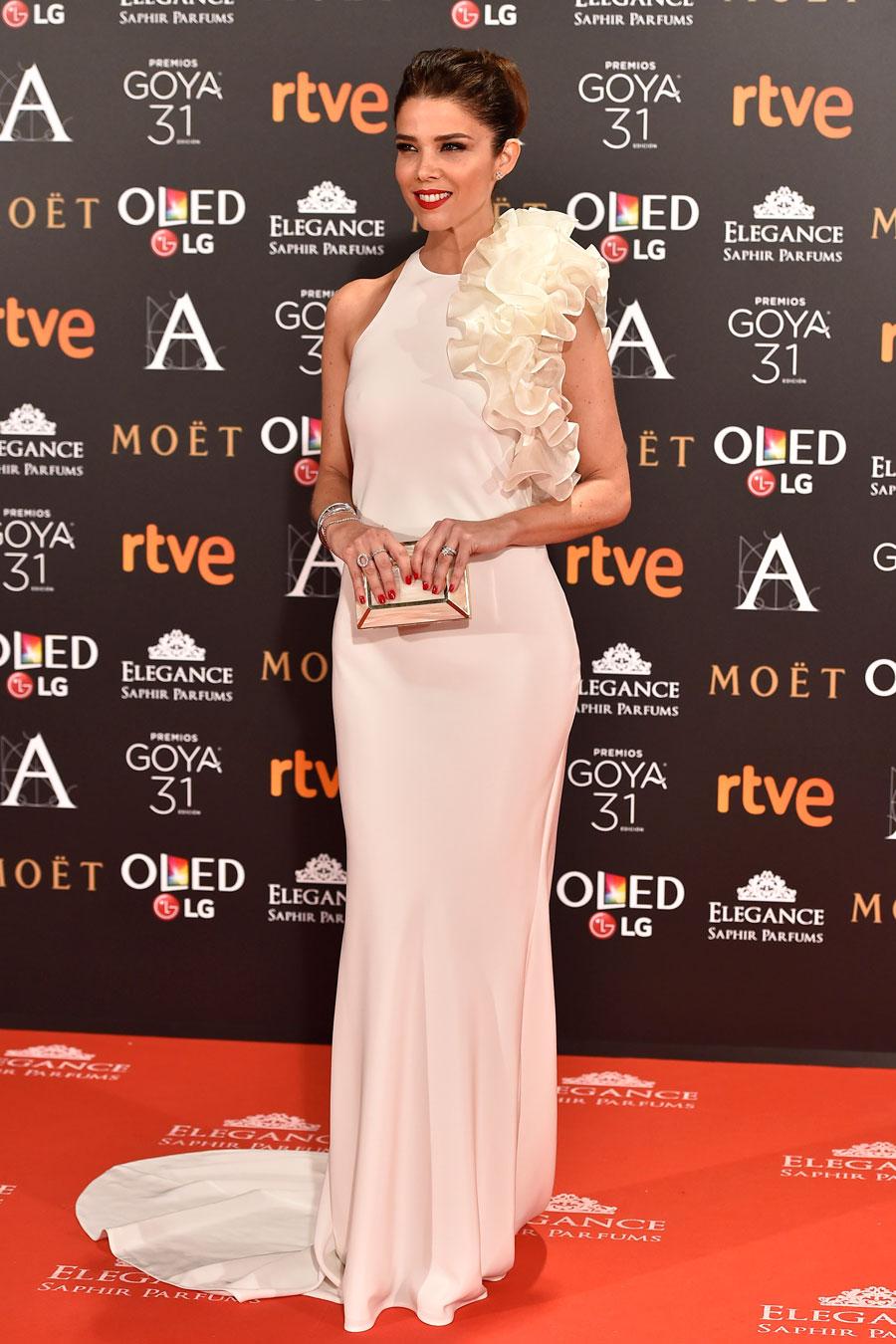 a9f171490 Los mejores vestidos de la historia de los Goya - InStyle