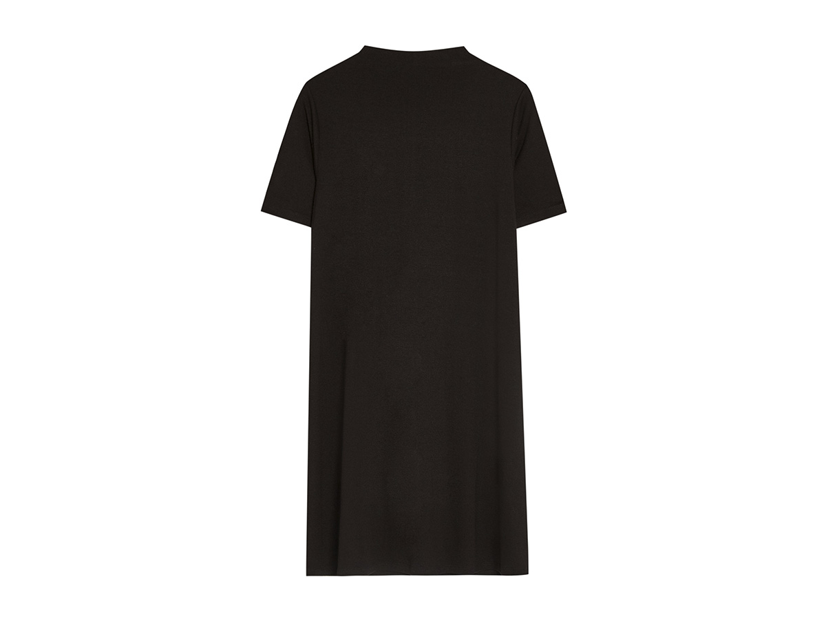 pull. 6. 'Little Black Dress'