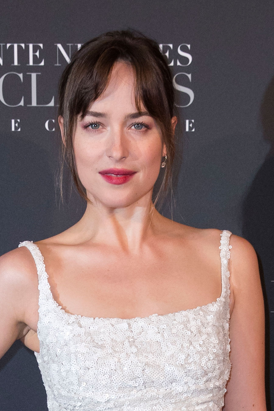 Dakota-Johnson-primer-plano. Dakota Johnson y su 'beauty' look donde los labios son los protagonistas