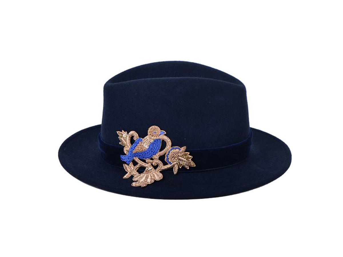 Sombreros  el accesorio para la lluvia que no se quita 6c15a907fcf3