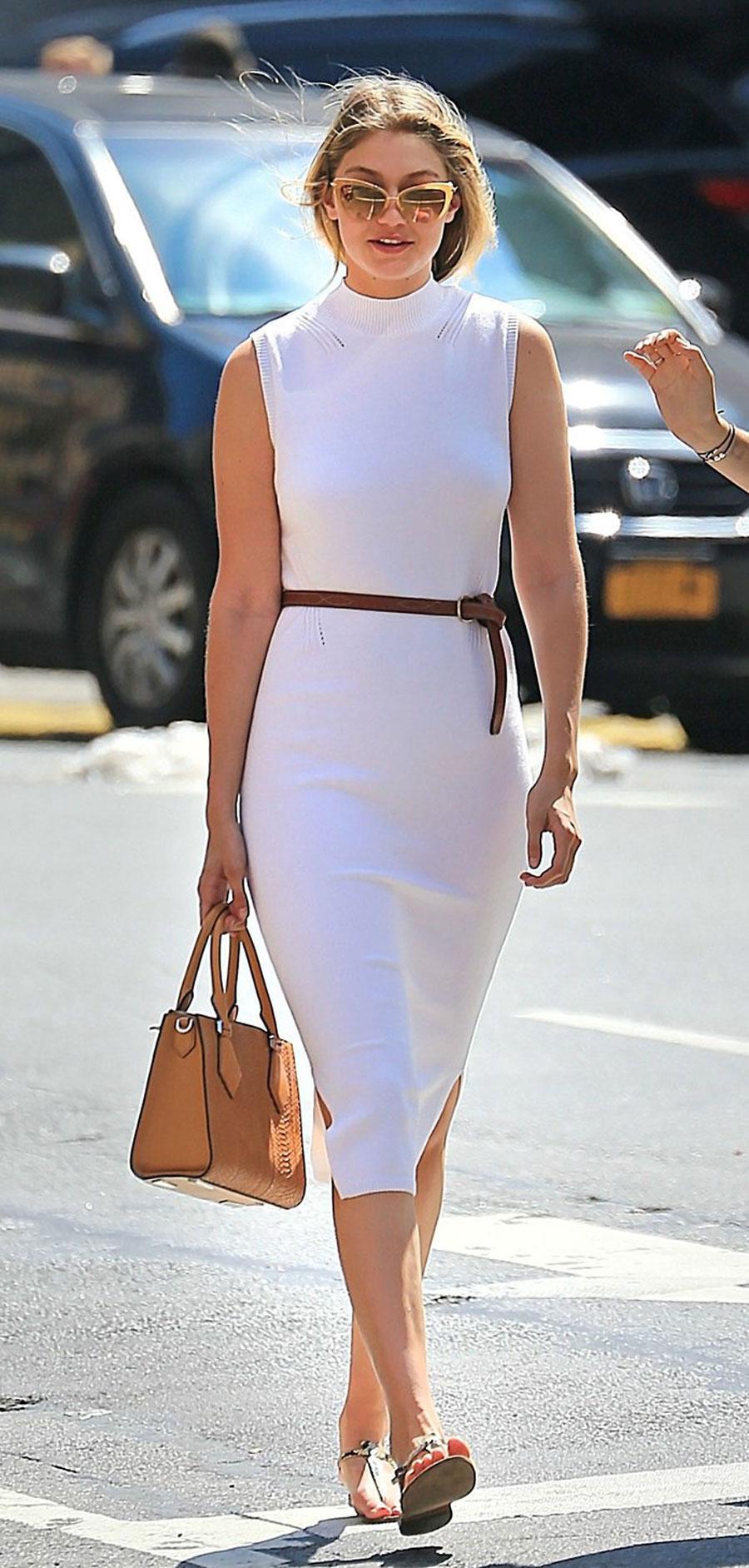 Maquillaje para un vestido blanco con dorado