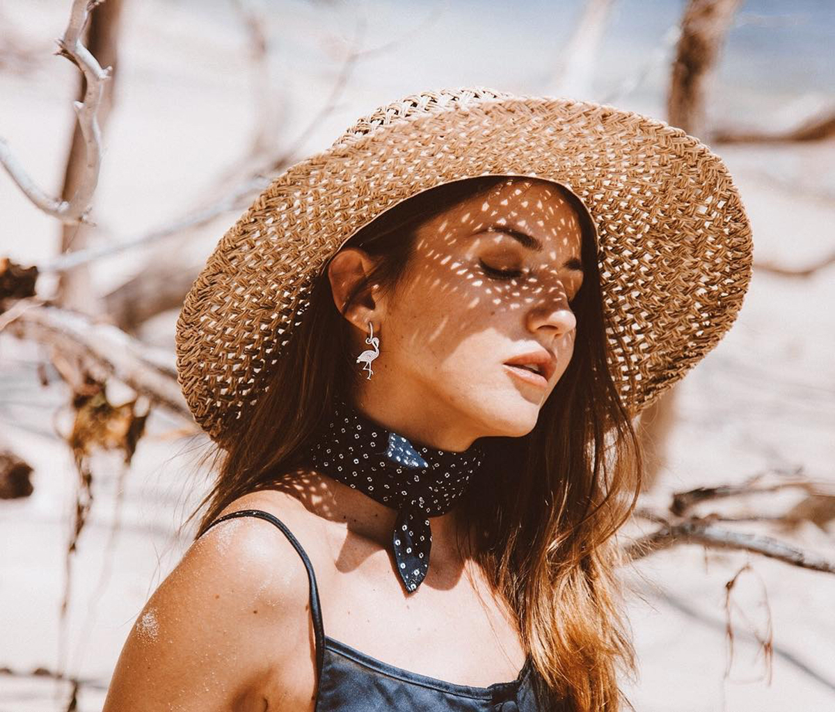 Sombreros mujer 2018  sobrevive al calor con estilo - InStyle 80fc5634dd4
