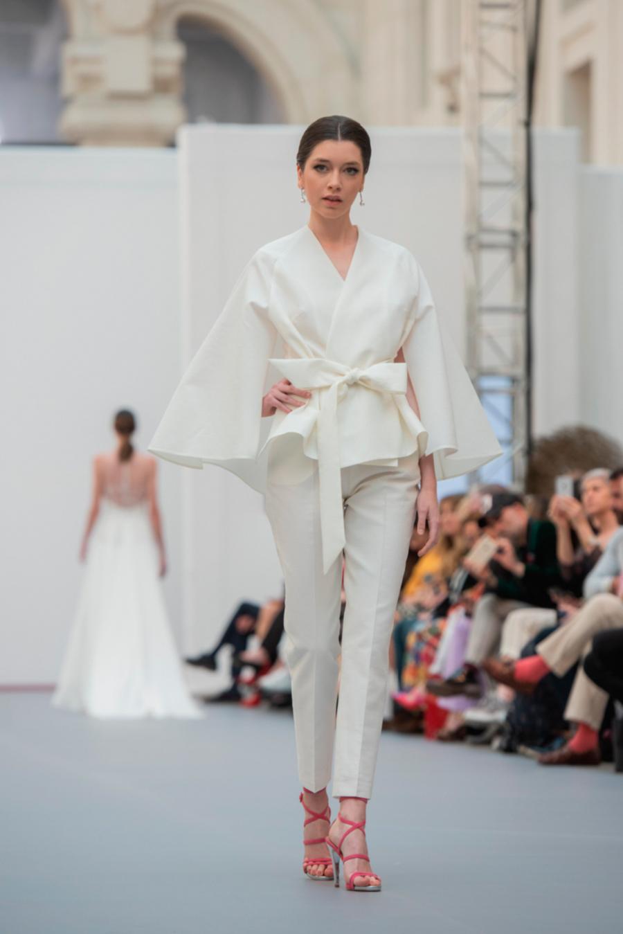 Alicia de \'Maestros de la Costura\' busca vestido de novia - InStyle