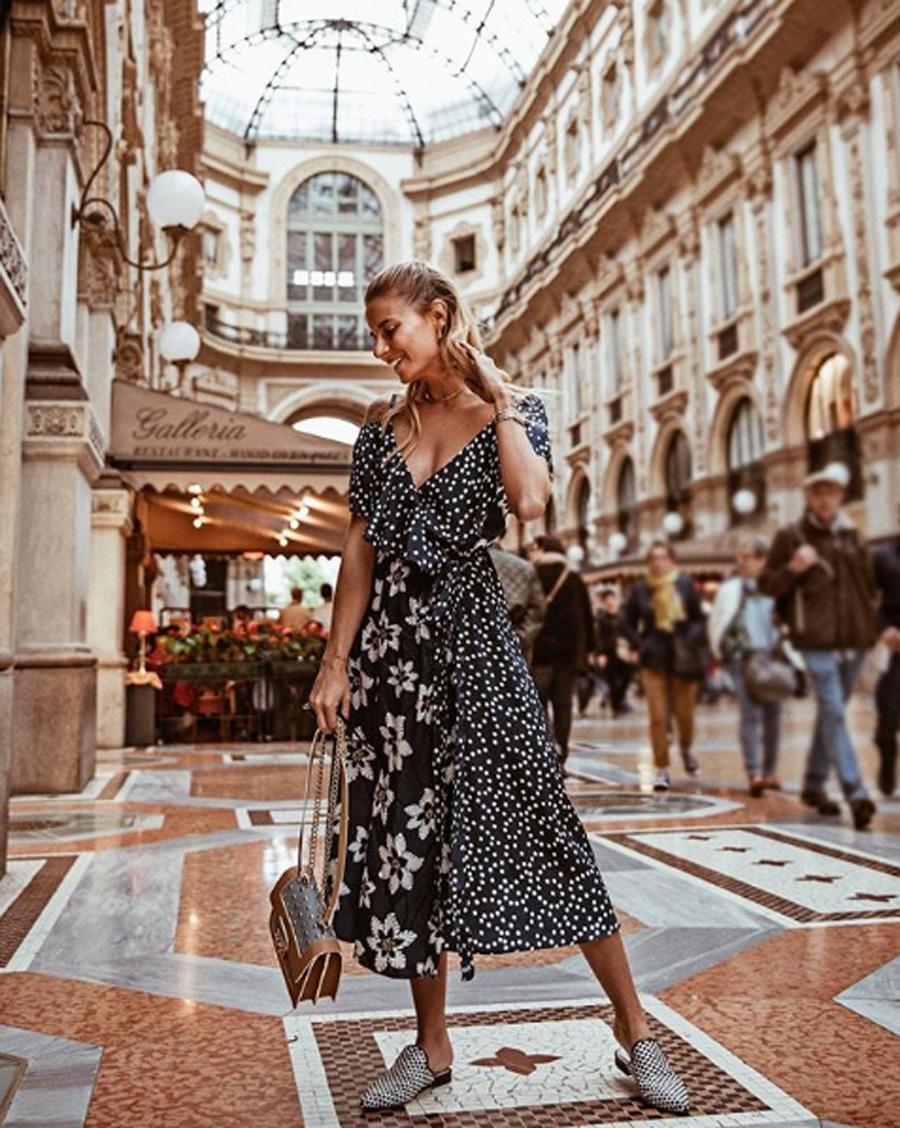 69f4078a9 Ropa de moda primavera verano 2018  solo necesitas estas 10 prendas ...