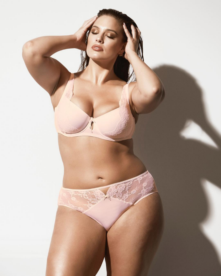 Ashley Graham Saca Para Addition Elle Una Linea De Lenceria Nupcial Para Las Chicas Curvy