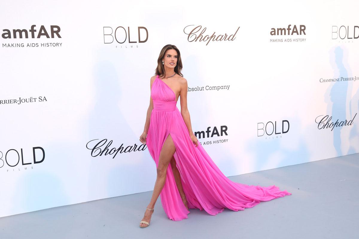 70c27e592 La gala amfAR llena de solidaridad (y glamour) el Festival de Cannes ...