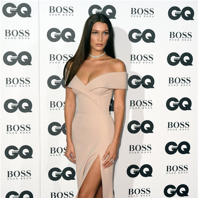 Bella Hadid, de Hugo Boss