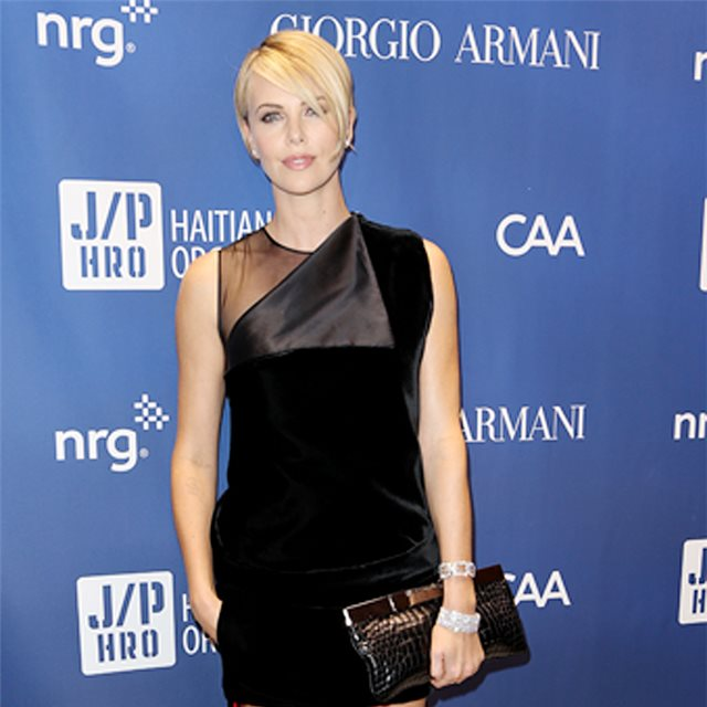 Charlize Theron, de Givenchy