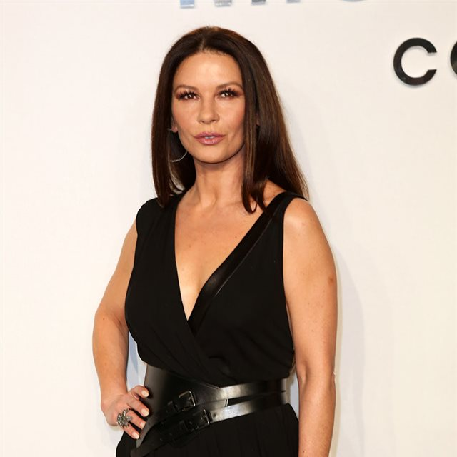 ¡Alerta 'it girl'! Descubre a Carys Douglas, la hija de Catherine Zeta Jones