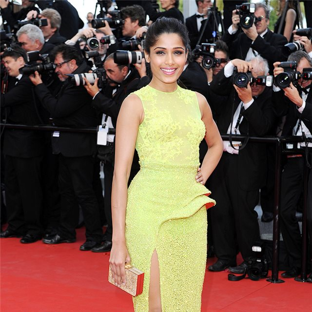 El color favorito de Freida Pinto