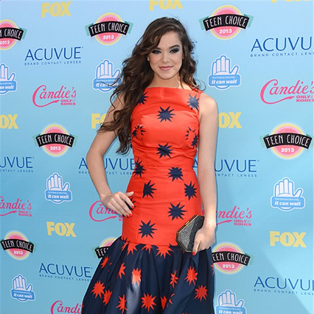 Hailee Steinfeld, de House of Holland