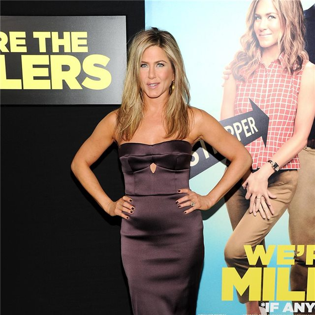 Jennifer Aniston, de Burberry Prorsum