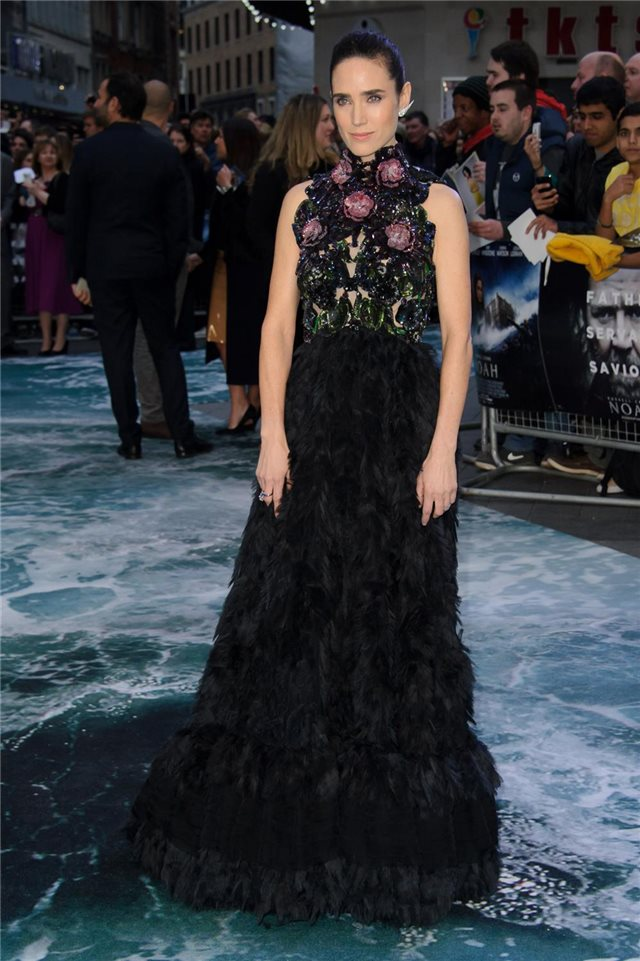 Jennifer Connelly, de Alexander McQueen