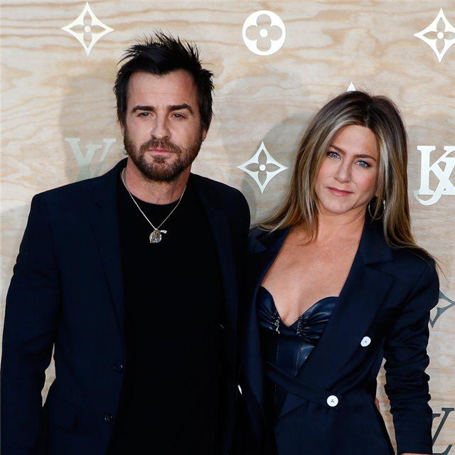 c7fca734b ... Cómo vestir bien... en tu primera cita (online) · Jennifer y Justin  el  álbum de fotos más romántico de la ruptura