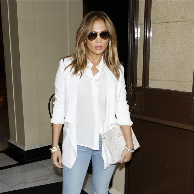 Jennifer Lopez, de Bec & Bridge y J Brand