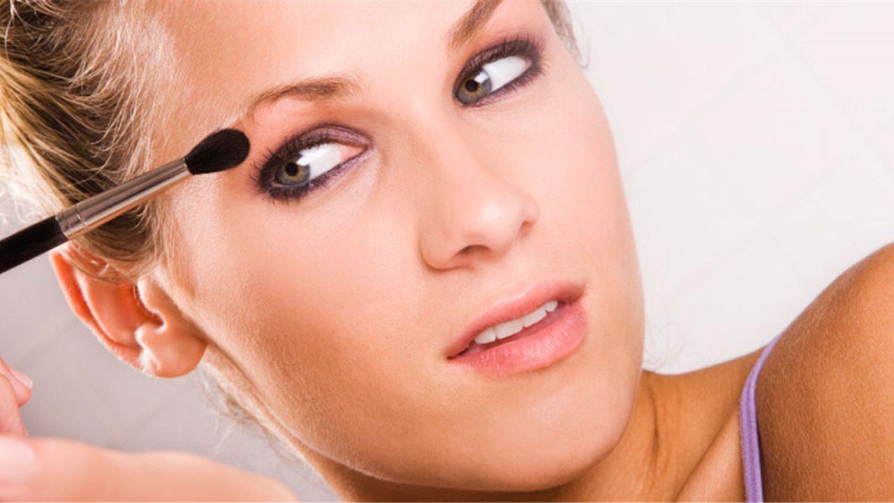 f6533b287 El set de maquillaje (básico) para principiantes - InStyle