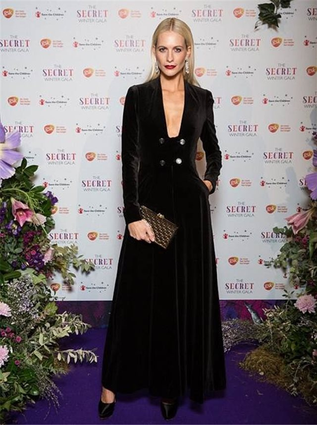 Poppy Delevingne de Temperley London