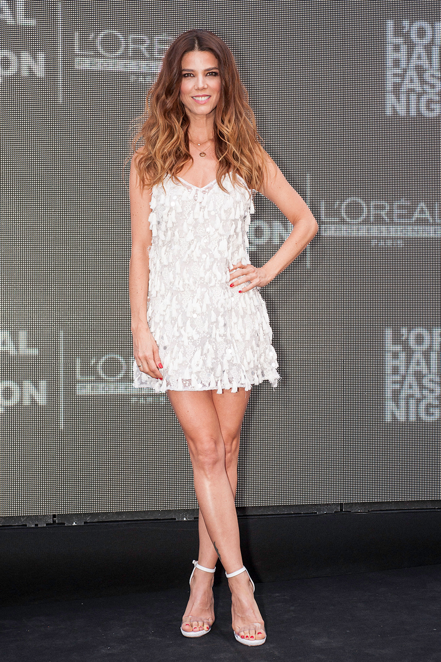 loreal-hair-fashion-night-04. Juana Acosta