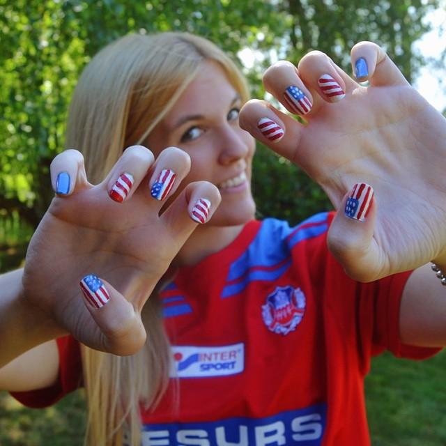 Manicura Los Motivos Nail Art Por El Mundial De Fútbol 2018 Instyle