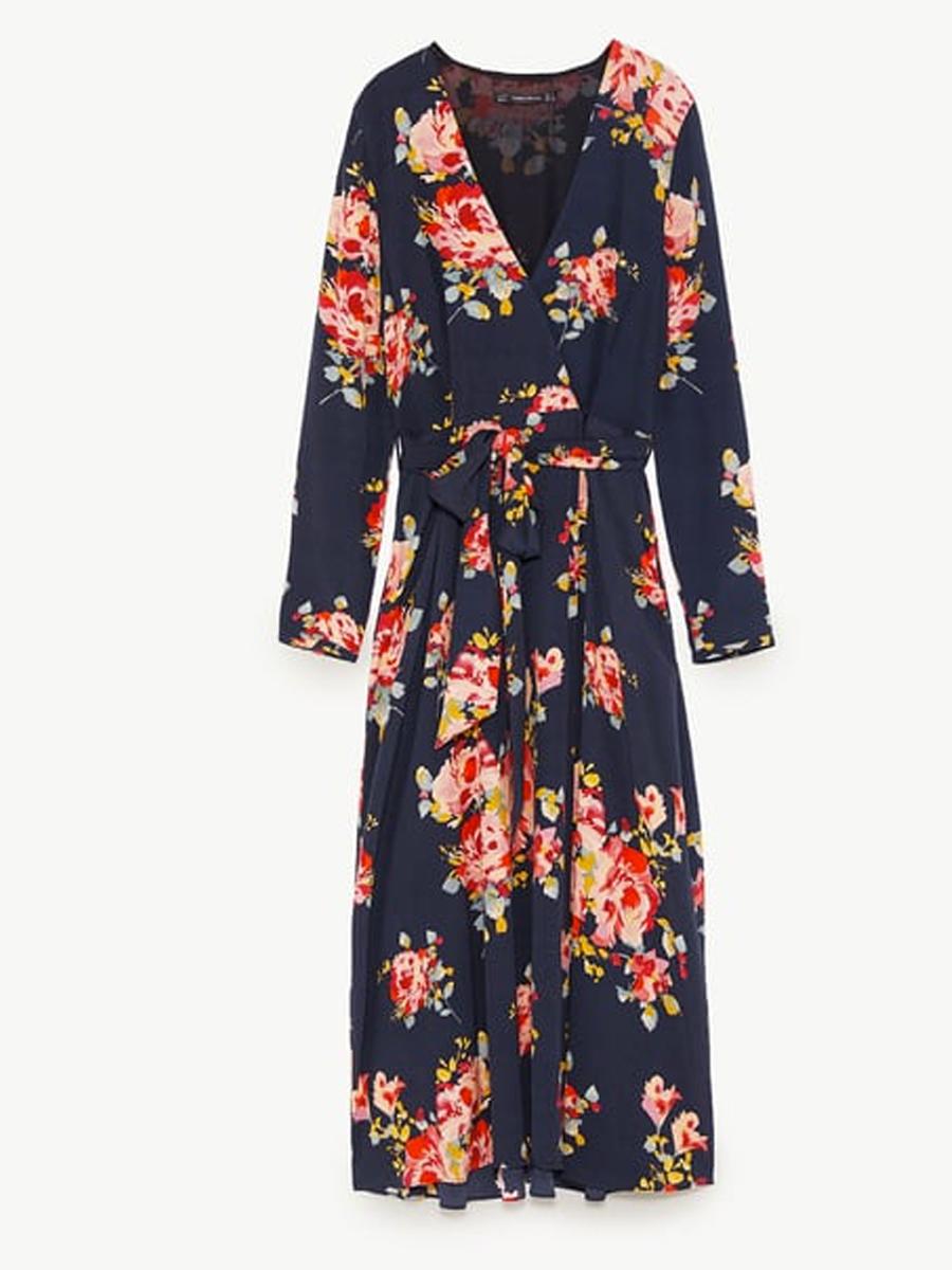 0414e5b485 Vestidos de flores que realzan tu silueta