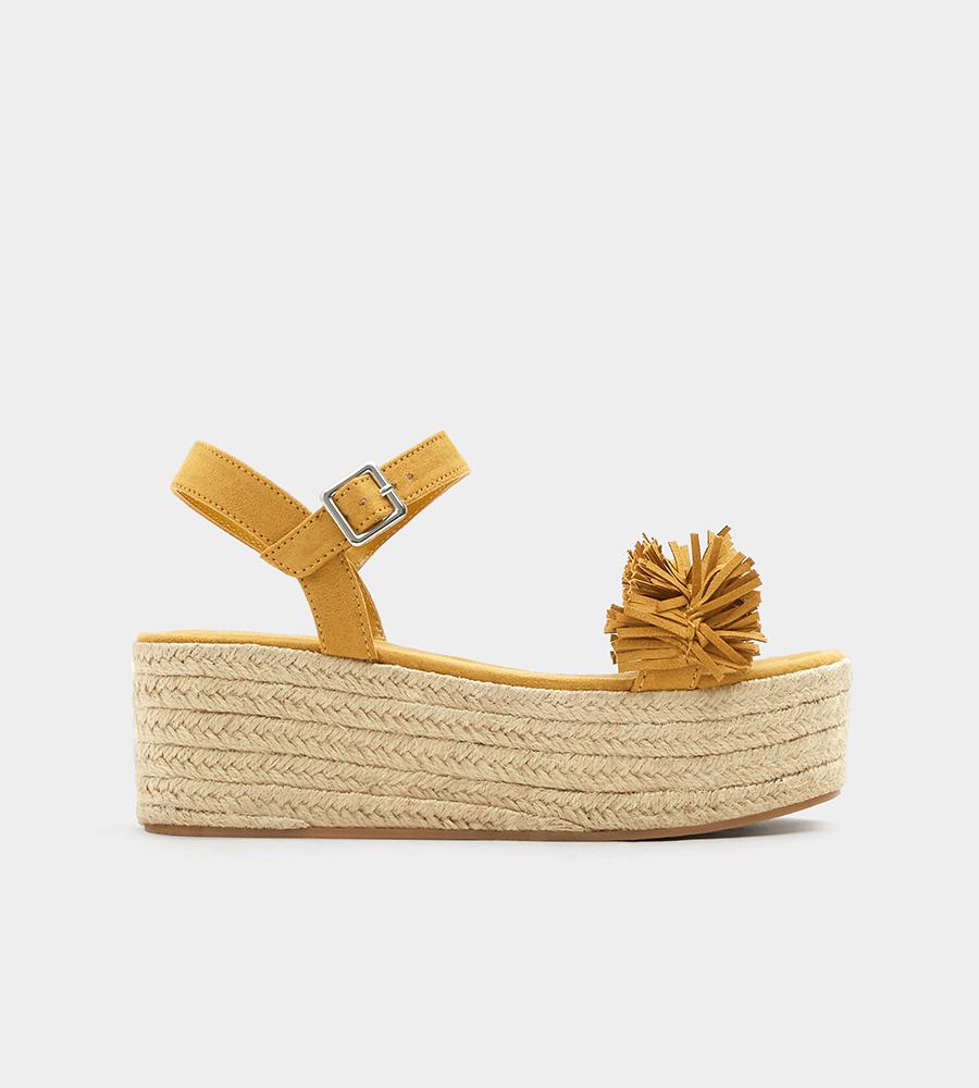bb696de6e132a Cuñas de esparto  los zapatos de mujer más cómodos del verano 2018 ...