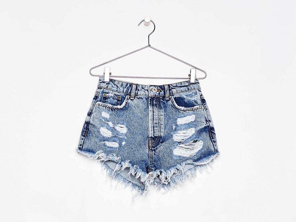 29ec382a2235 Pantalones vaqueros cortos: 5 formas de llevarlos con estilo este ...