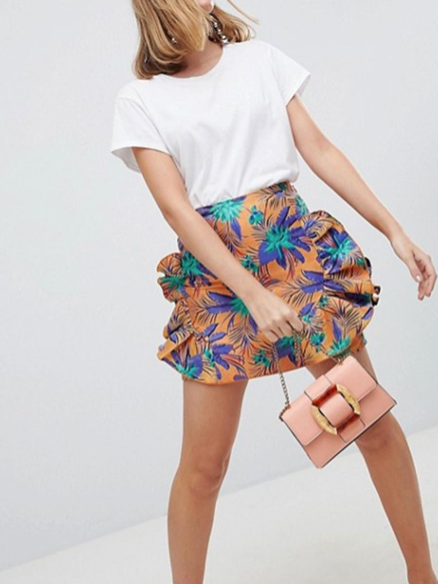 b4060a6289 minifalda de Asos con estampado tropical y volantes de Aosos descuento  rebajas. Falda mini de